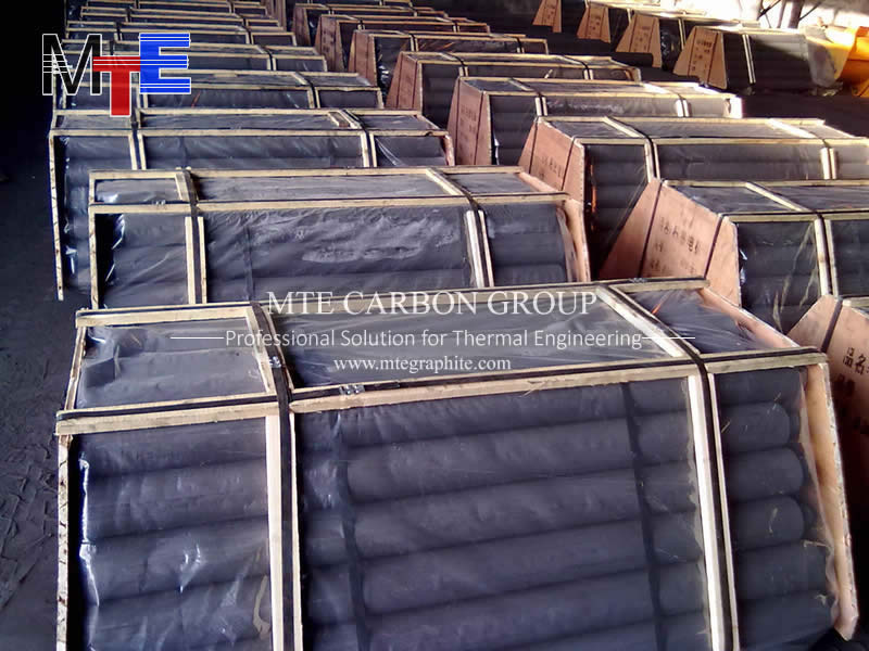 Extruded Graphite Electrode 2